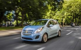 Chevrolet снижает базовую цену Spark EV