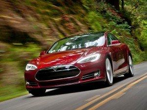 Tesla Motors выпустила в I квартале рекордные 10 030 автомобилей