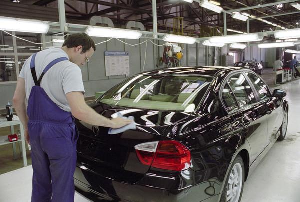 BMW перенесла сроки строительства российского завода