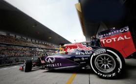 Компания Infiniti предложила тест-драйв болида Формулы-1