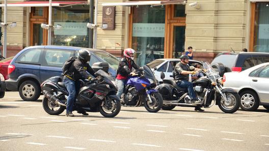 Зимнюю езду на мотоцикле собираются запретить
