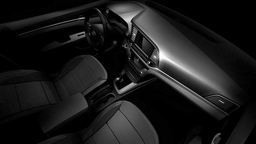Hyundai показала интерьер новой Elantra