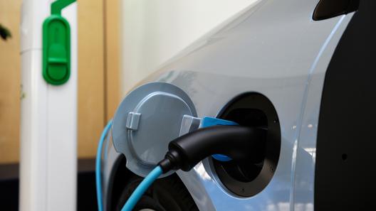 Новые батареи увеличат пробег электрокаров в 10 раз