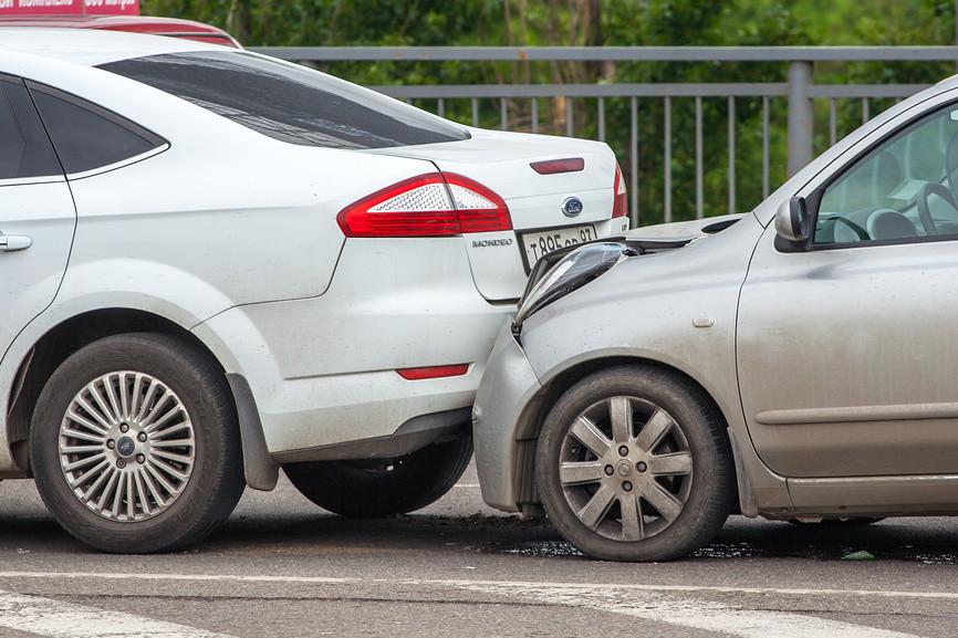 Мелкие аварии: власти советуют звонить не в ГИБДД