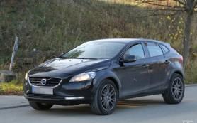 Volvo приступила к тестам небольшого кроссовера