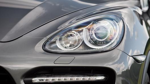Компания Porsche отчиталась о рекордных продажах в России