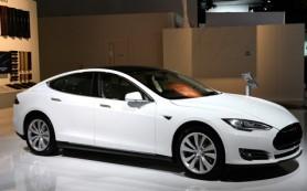 Россияне теряют интерес к электромобилям Tesla