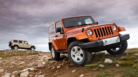 Jeep готовит сразу две гибридных версии Wrangler
