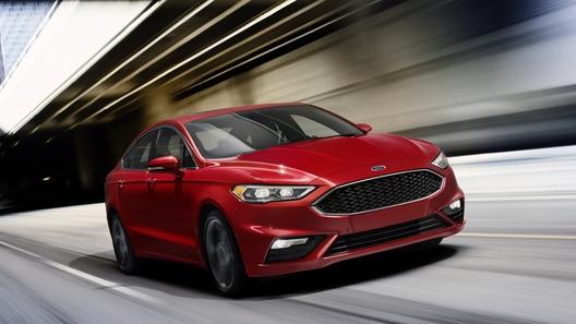 Ford Mondeo научат распознавать выбоины на дорогах
