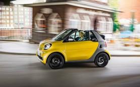 Названы сроки появления кабриолета Smart в России
