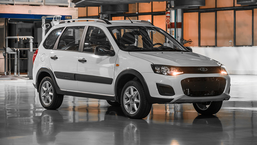 «АвтоВАЗ» приостановил поставки автомобилей в Казахстан