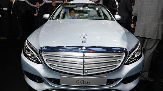 Mercedes-Benz может отказаться от строительства завода в России