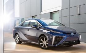Водородная Toyota Mirai отправится покорять север