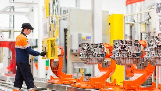 Ford Focus начали оснащать российскими моторами