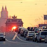 Власти Москвы посоветовали не ездить на дачу в пятницу