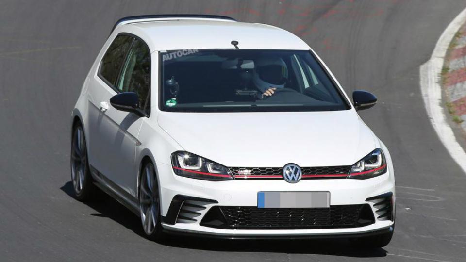 Volkswagen вывел на Нюрбургринг экстремальный Golf GTI