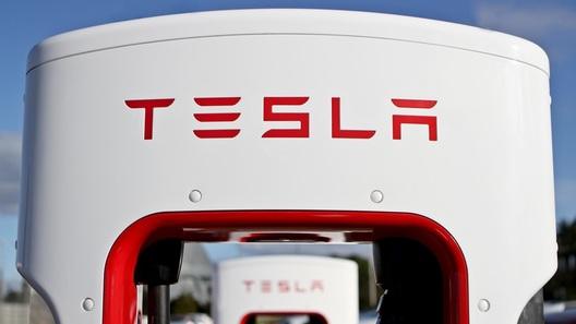 Tesla планирует создать бюджетный электромобиль