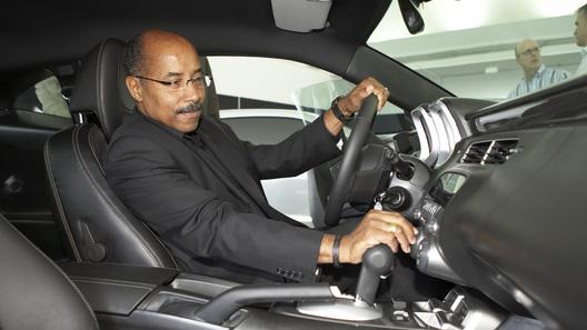 General Motors расстанется с главным дизайнером