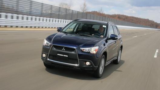 Еще одна модель Mitsubishi покинула Россию
