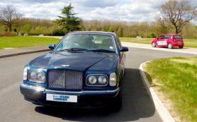 В Великобритании 11-летним детям разрешили управлять Bentley