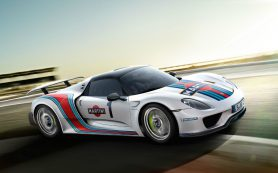 Из автосалона в США угнали Porsche за 1,6 миллиона долларов
