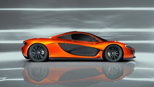 McLaren планирует создать трековый гиперкар с электромотором