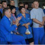 АвтоВАЗ: работникам повысят зарплату, а руководству — нет