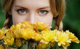 Как дарить женщинам цветы?