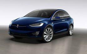 Tesla выпустит новую прошивку для автопилота