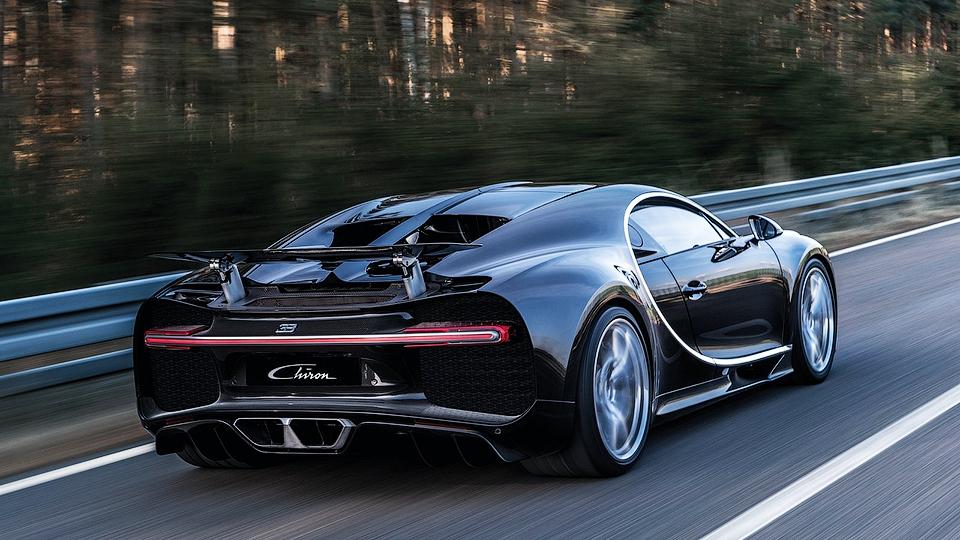 В Bugatti отказались от открытого гиперкара Chiron