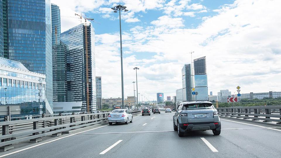 Стоимость владения автомобилем в России уменьшилась