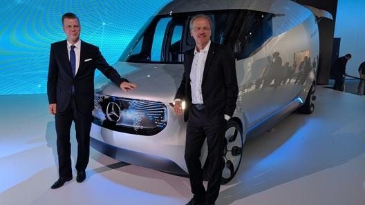 Первая информация о пикапе Mercedes-Benz появится в октябре