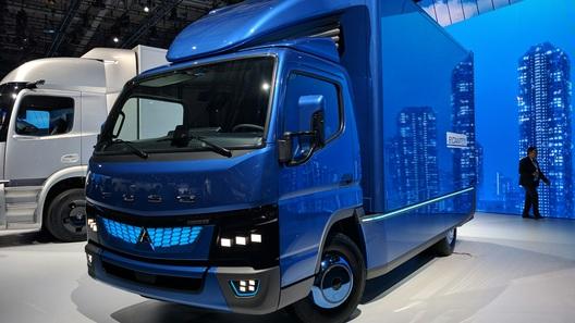 Японцы показали миру электрический грузовик
