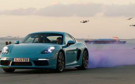 Porsche 718 Cayman сразился с шестью гоночными дронами