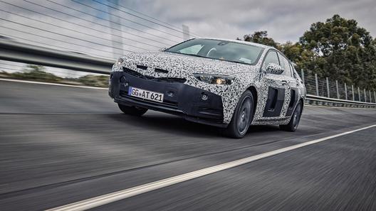 Opel отправил новую Insignia на Нюрбургринг