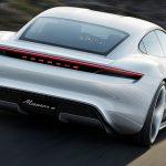 В Porsche захотели продавать в год по 20 тысяч электрокаров