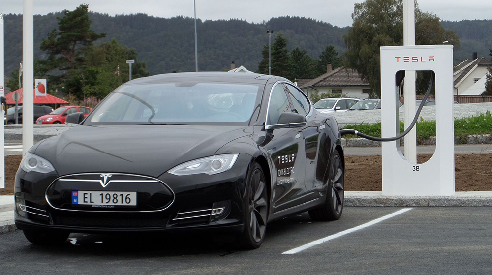 Tesla заплатит по $7700 за медленный разгон