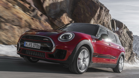 Стартовали европейские продажи самого быстрого универсала Mini
