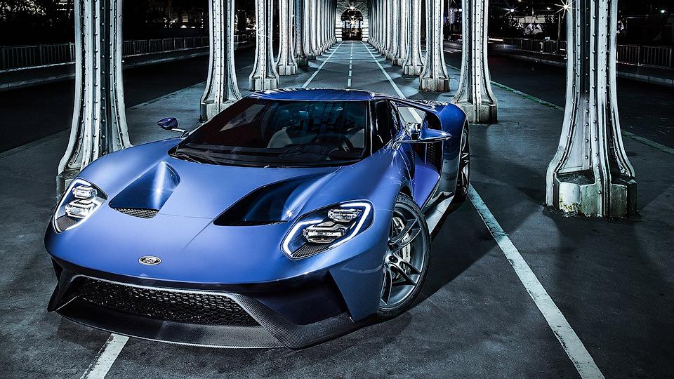Ford рассказал об адаптивной приборной панели суперкара GT