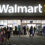 В Америке машины будут продавать в супермаркетах