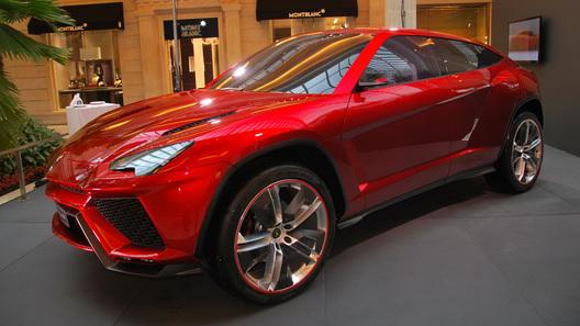 Сборка первого кроссовера Lamborghini начнется весной