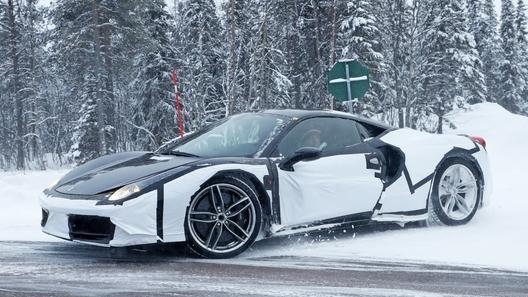 Ferrari вывела на тесты предполагаемого преемника модели Dino