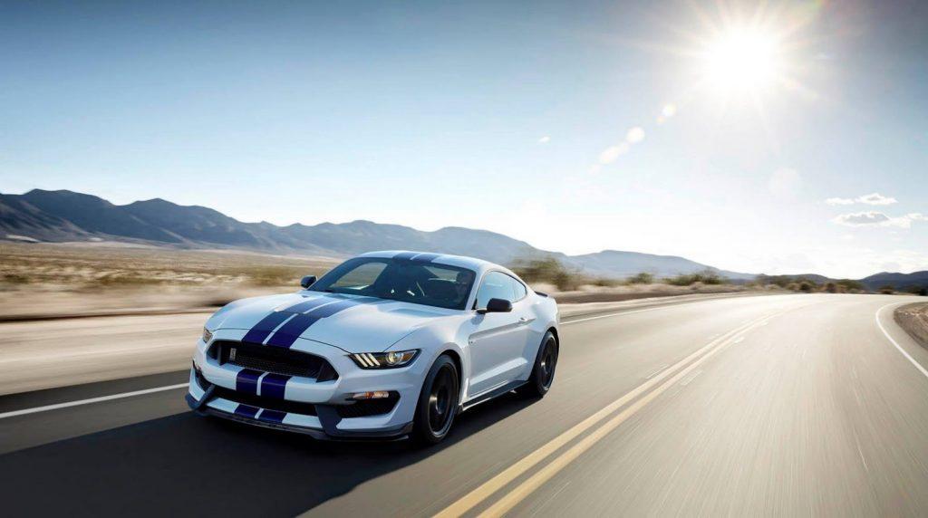 Владельцы Mustang подали в суд на Ford из-за перегрева машин