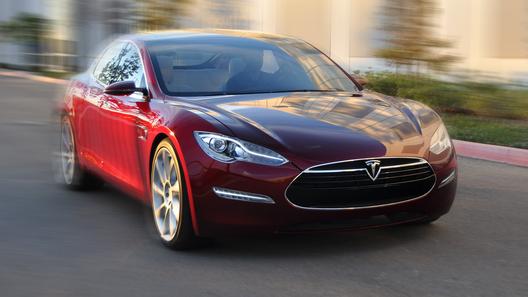 Tesla отчиталась об установлении очередного рекорда