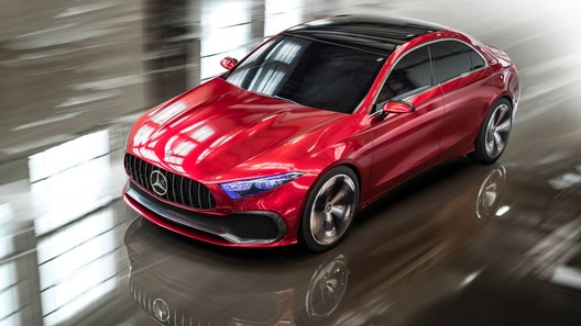 Компактный прототип Mercedes показал новый дизайн марки