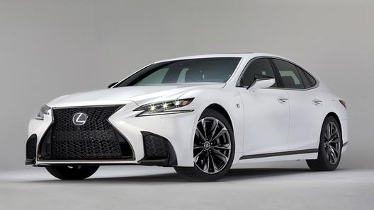 Lexus представляет агрессивную версию флагмана LS 500
