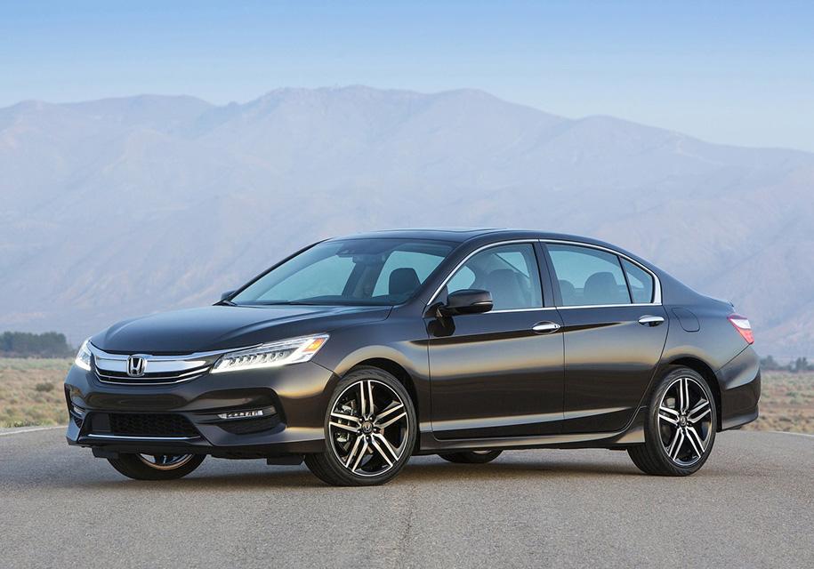 Honda задумалась о возвращении Accord и Civic в Россию