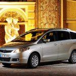В России отправят в ремонт минивэны Mazda5