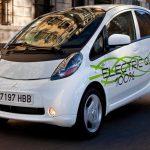 Cтанции для быстрой зарядки электрокаров серийно в РФ начнут выпускать в 2017 году