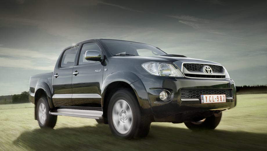Три сотни пикапов Toyota Hilux отправятся на ремонт